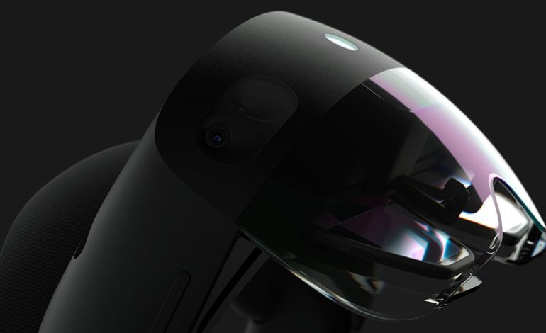 Microsoft Announces HoloLens 2 Development Edition