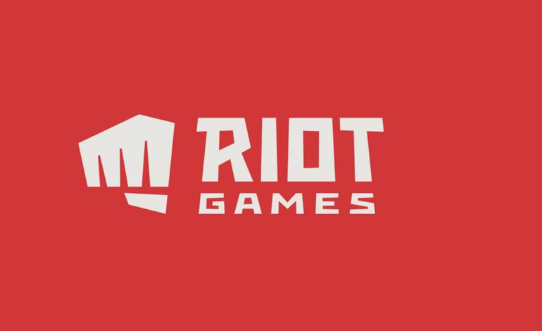 "Riot Games Asks Players to Avoid ""Sensitive Topics"" During Broadcasts"